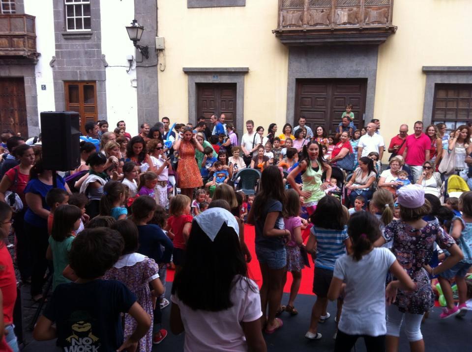 Taller infantil en la calle para el Ayundamiento de Las Palmas