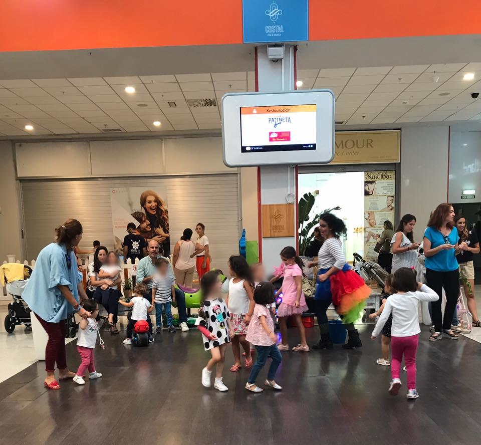 Taller infantil canta y juega Centro Comercial La Minislla