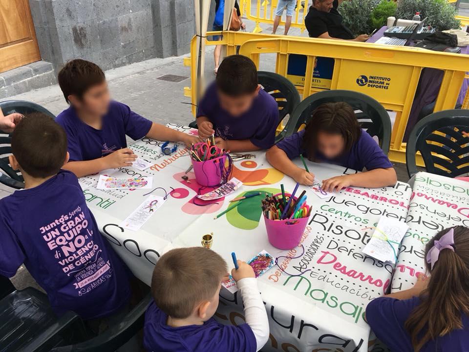 Taller infantil contra la violencia de genero