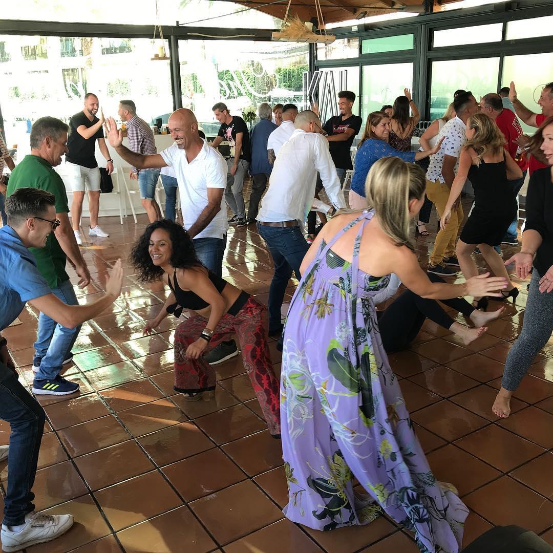 Taller de risoterapia para Kai Club en Gran Canaria