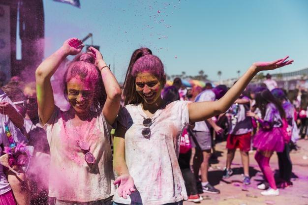 Evento de polvo de colores holi en Gran Canaria